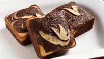 Tuorejuusto-brownies