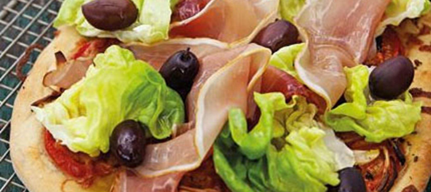 Kinkku-oliivipizza