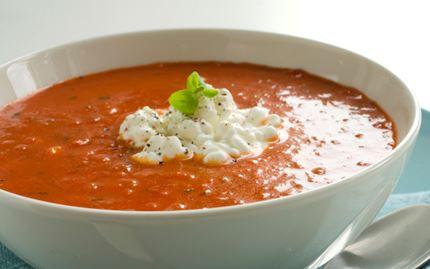Juustoinen tomaattikeitto