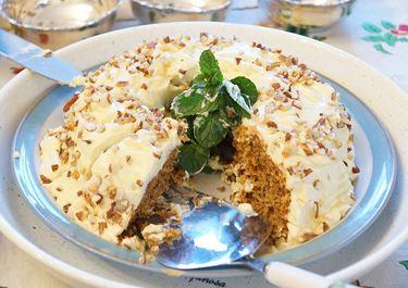 Καρυδόπιτα με επικάλυψη κρέμας τυριού