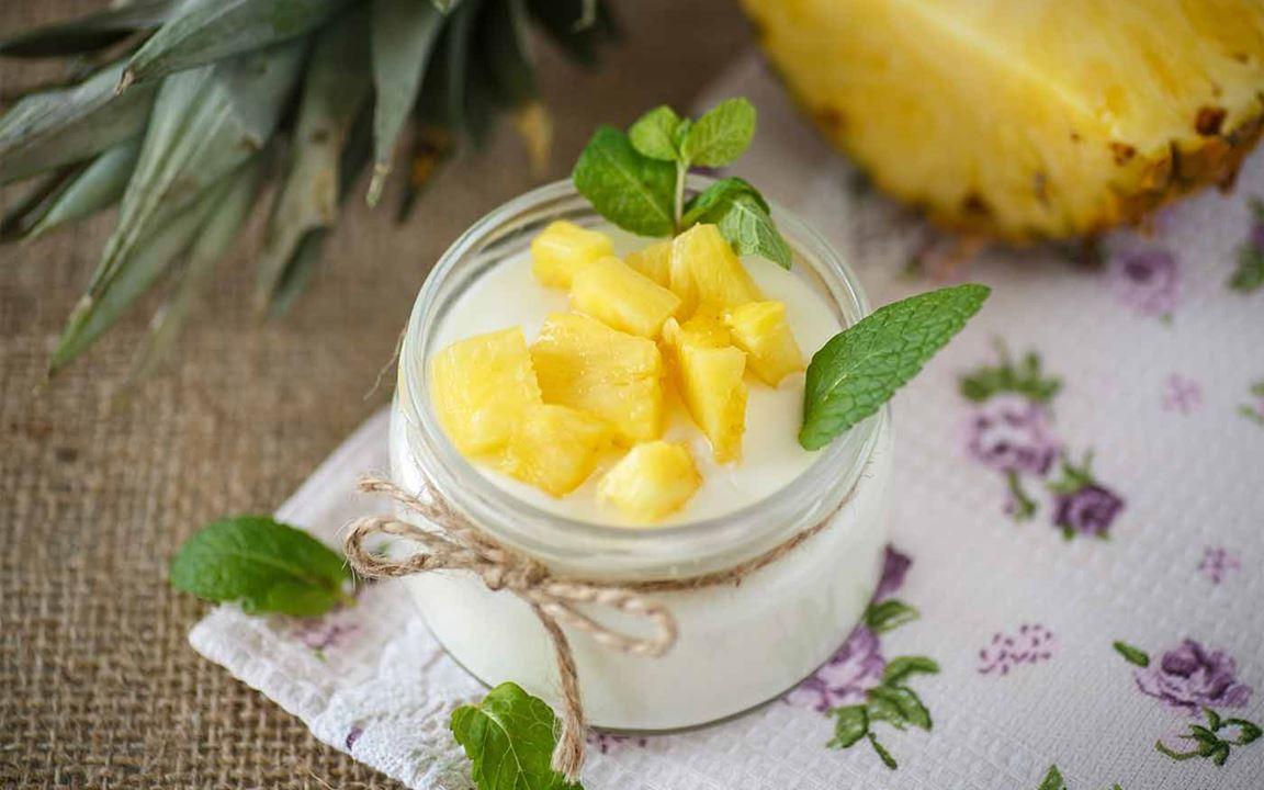 Επιδόρπιο με τυρί κρέμα και ανανά