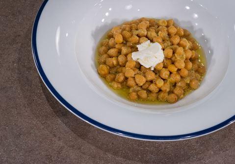 Ρεβιθάδα με σαφράν & Φρέσκο τυρί κρέμα