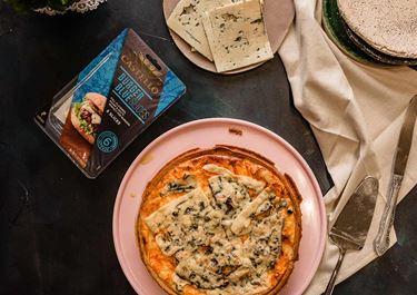 Τάρτα με δύο πατάτες και μπλε τυρί Δανίας