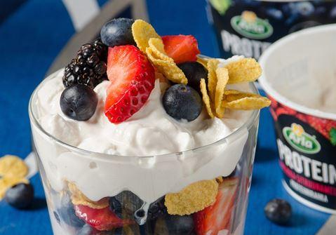 Trifle με επιδόρπιο γάλακτος