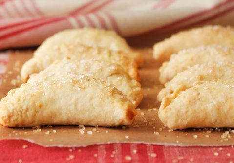 Τυροπιτάκια με τυρί Arla Havarti και τομάτα