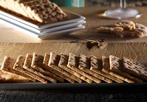 Αλμυρά μπισκότα με σκληρό τυρί Δανίας