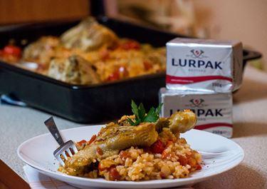 Κοτόπουλο στον φούρνο με πιπεριές Φλωρίνης