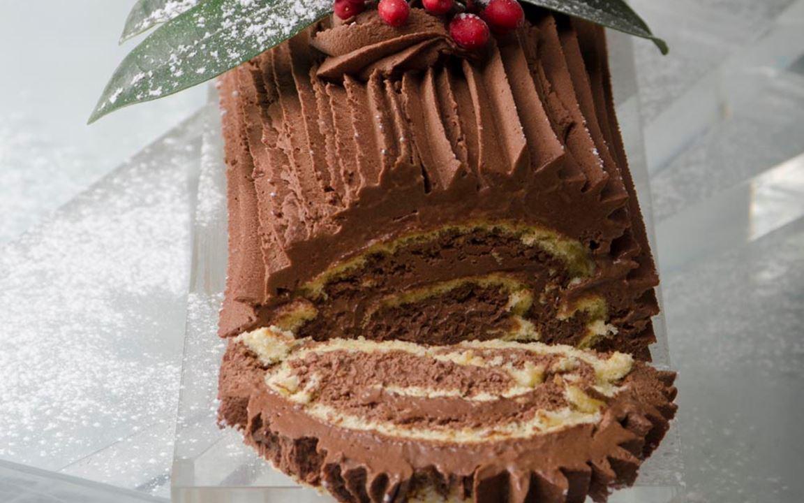 Χριστουγεννιάτικος κορμός σοκολάτας