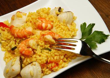 Πιλάφι με θαλασσινά και Lurpak Soft με μειωμένα λιπαρά