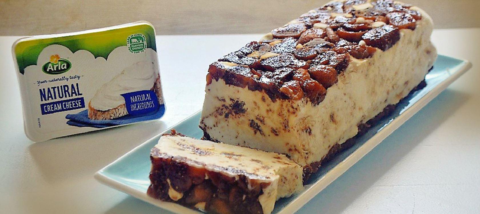 Παγωμένο τσιζκέικ με ξερά σύκα και ούζο