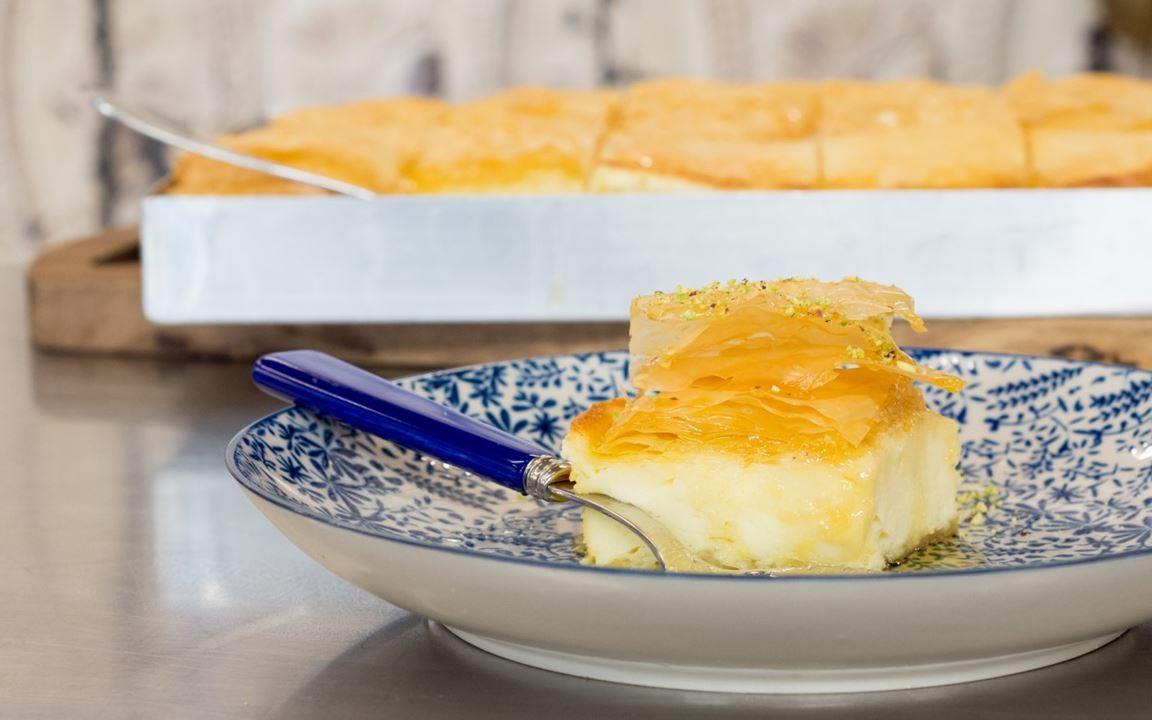 Γαλακτομπούρεκο με φρέσκο τυρί κρέμα