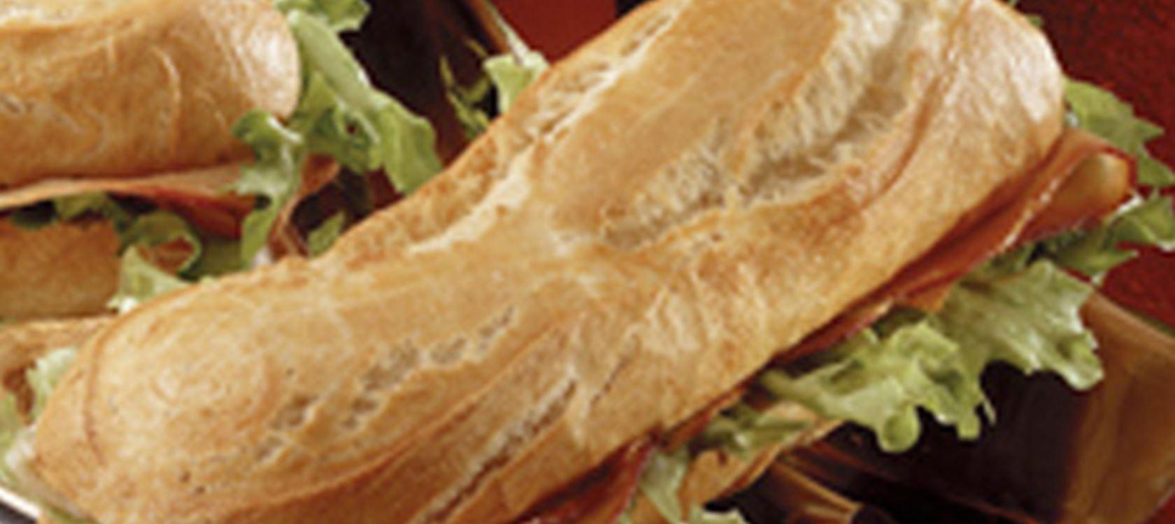 Stokbrood met ham en Buko® Ananas