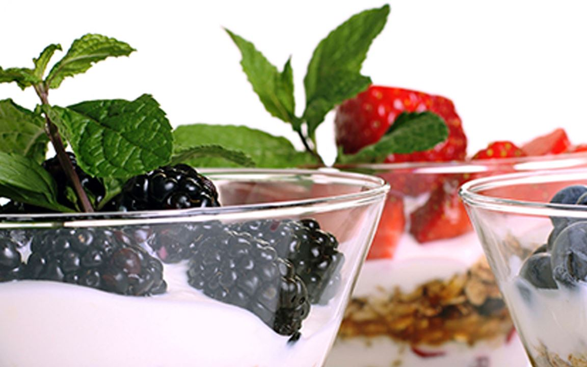 Lactosevrije notenmuesli met vanilleyoghurt