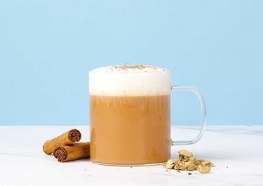 Kamillethee met lactosevrije melk