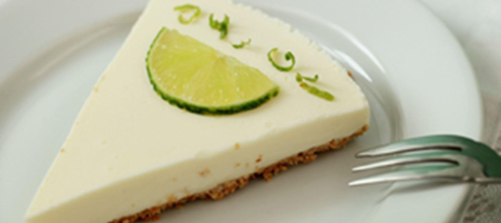 Yoghurt taart met gekonfijte limoen
