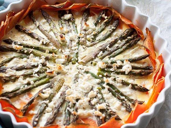 Søtpotetpai med asparges