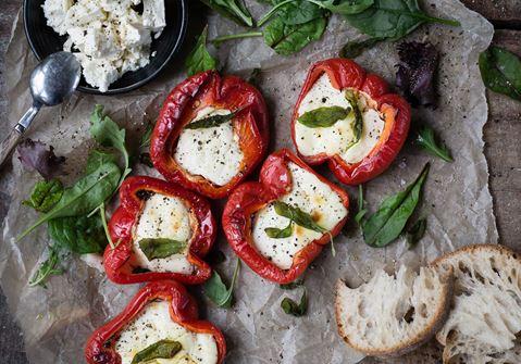 Paprikor fyllda med krämig ost