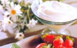 Läcker sås till jordgubbar eller fruktsallad