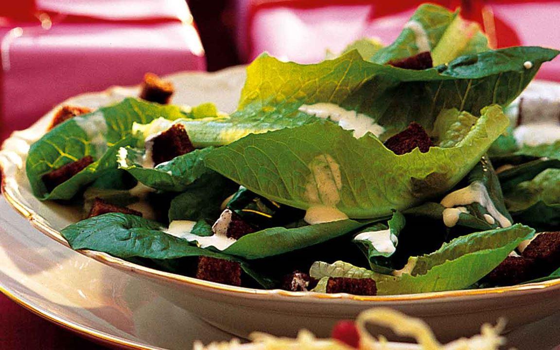 Caesarsallad med grönkål