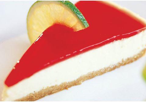 Limecheesecake med jordgubbstopping