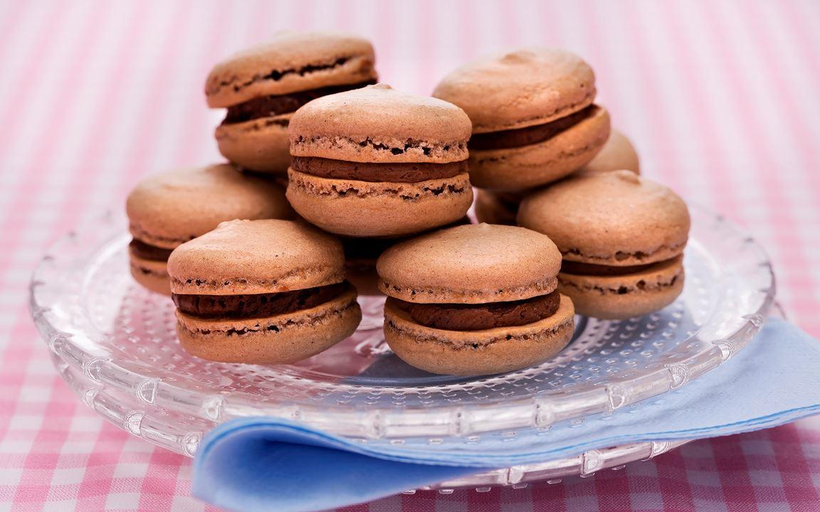 Chokladmacarons med moccakräm