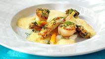 Kräftor och musslor med citron och vitlök