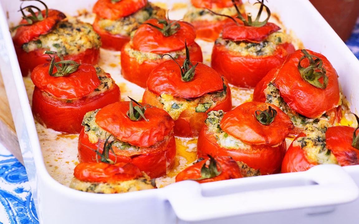 Bakade tomater i olivsås
