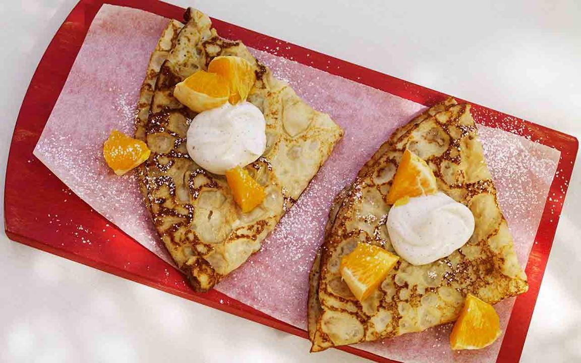 Pannkaka med vaniljkvarg och apelsin
