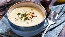 Potatis- och purjolökssoppa med linstopping
