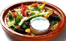 Grillade grönsaker med couscous och ädelostsås