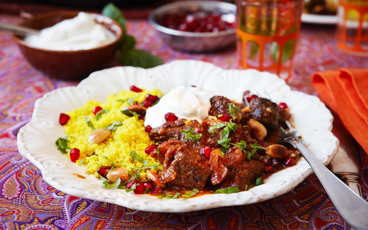 Indisk lammgryta med saffran och rostad chili