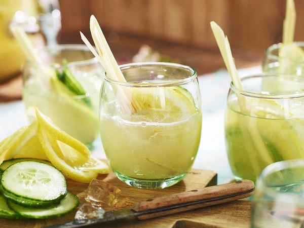 Lemonad med citrongräs