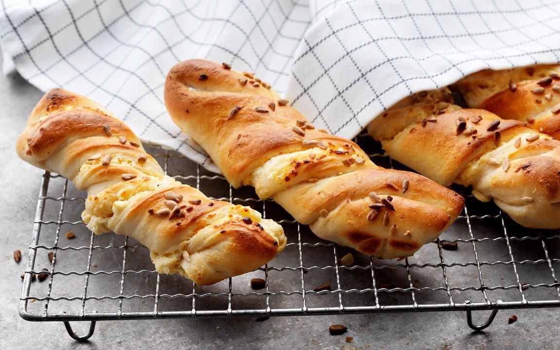 Färskostfyllda baguetter