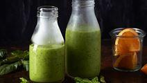 Grön smoothie med spenat och ingefära