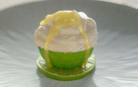 Limeglass med syrlig sås