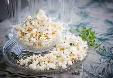 Popcorn med pecorino och tryffel