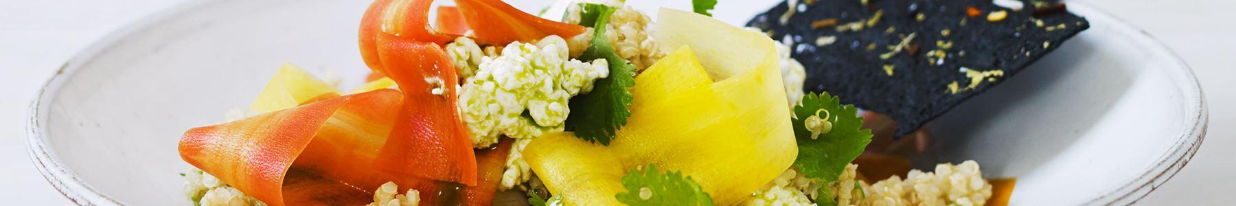 Morötter + Quinoa + Sallad