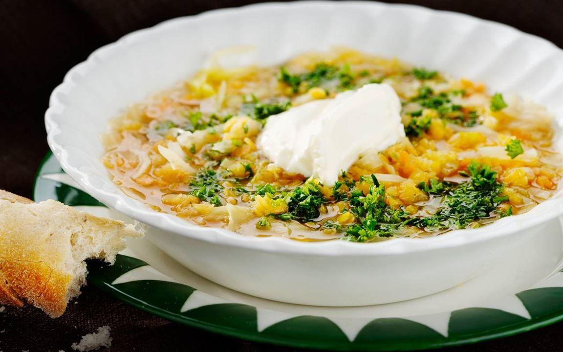 Linssoppa med vitkål