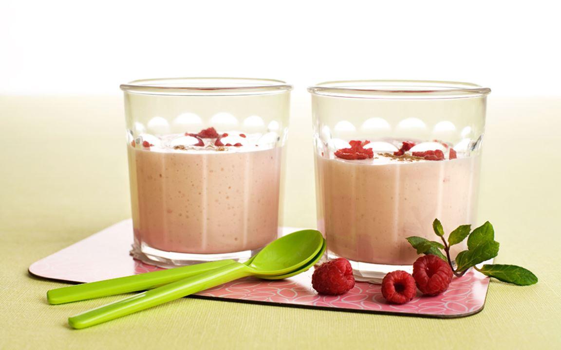 Snabb smoothie med smak av hallon