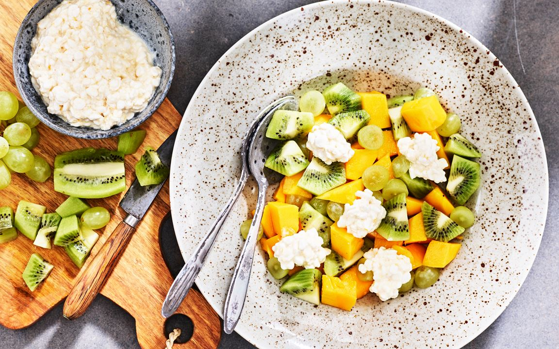 Fruktsallad med cottage cheese
