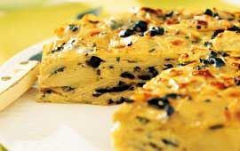 Potatistårta med oliver & färska örter