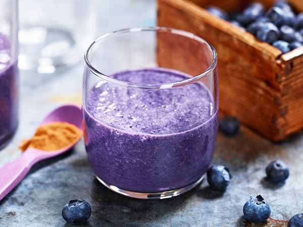 Kanelmjölk med havre och blåbär