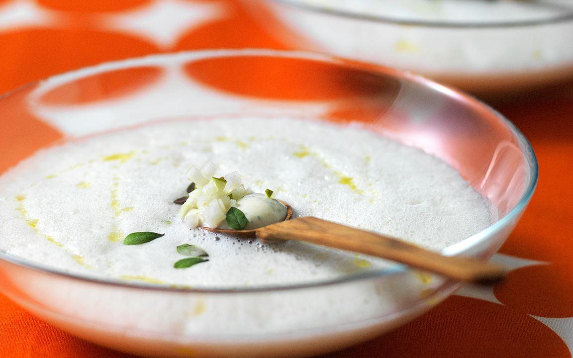 Jordärtskockssoppa med päron