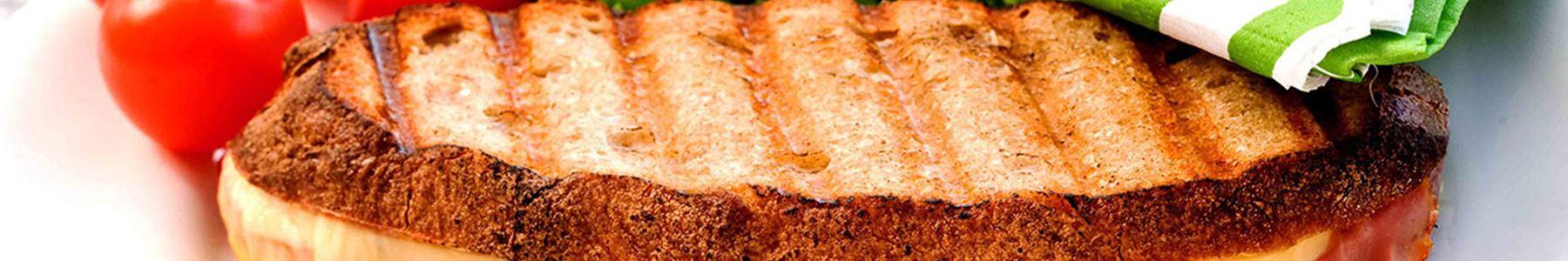 Wästgöta kloster® + Frukost + Toast