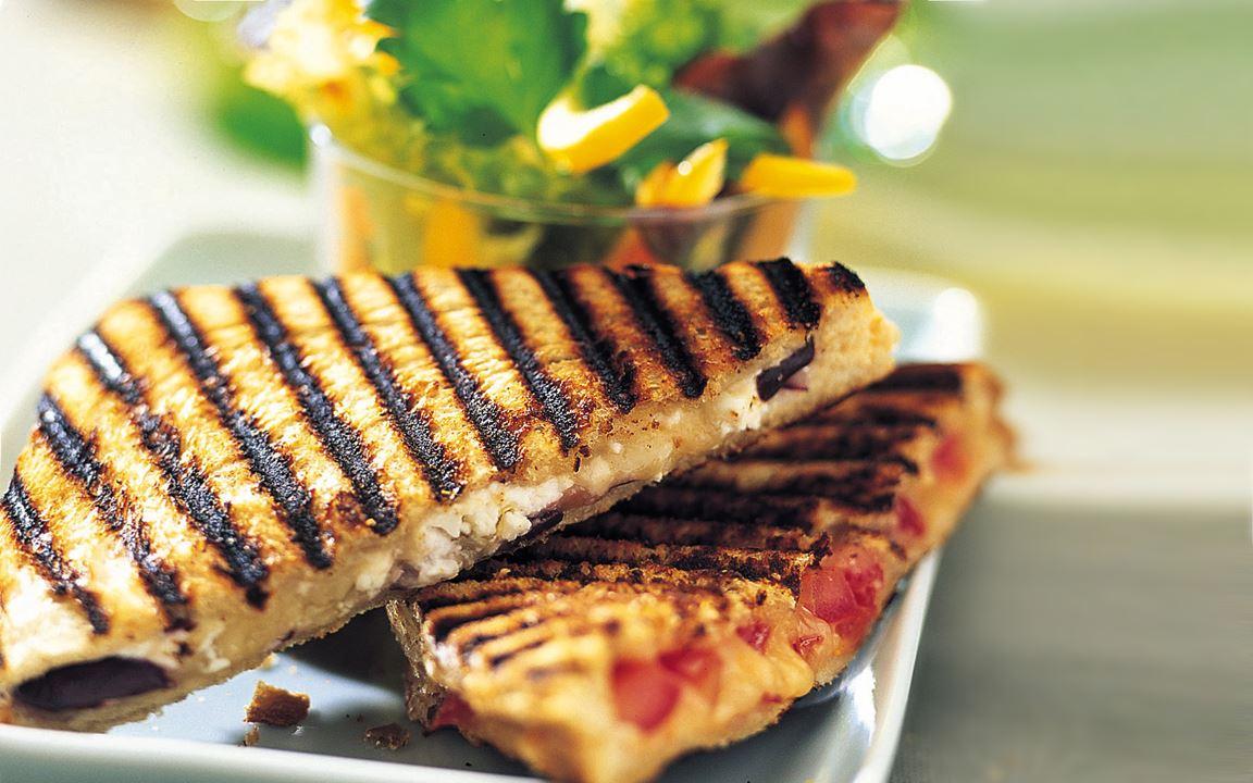 Grillad macka med salami