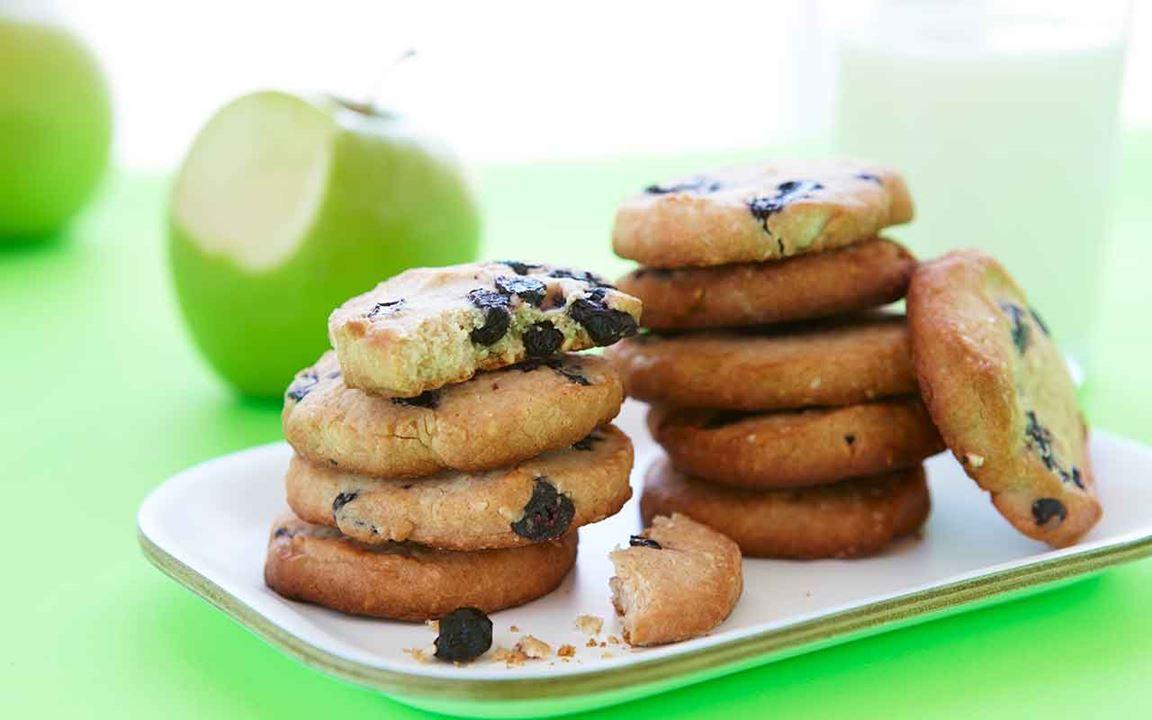 Dinkelcookies med blåbär