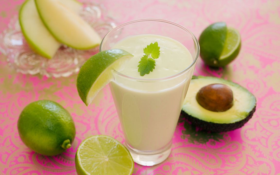 Smoothie med avokado och melon