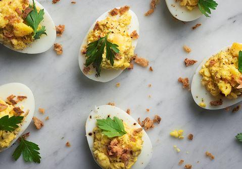 Ägghalvor med curryröra
