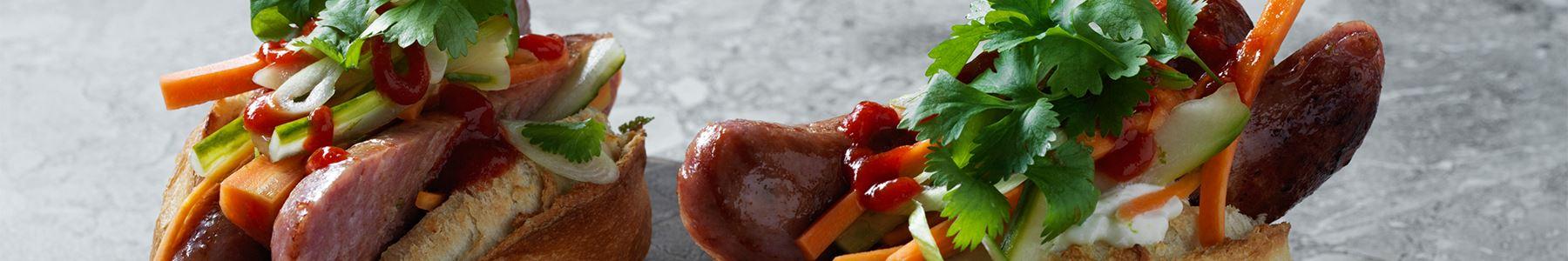 Korv + Sriracha