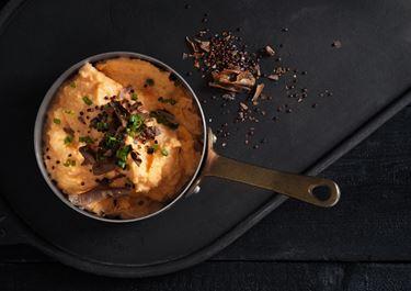 Potatispuré med syrad grädde
